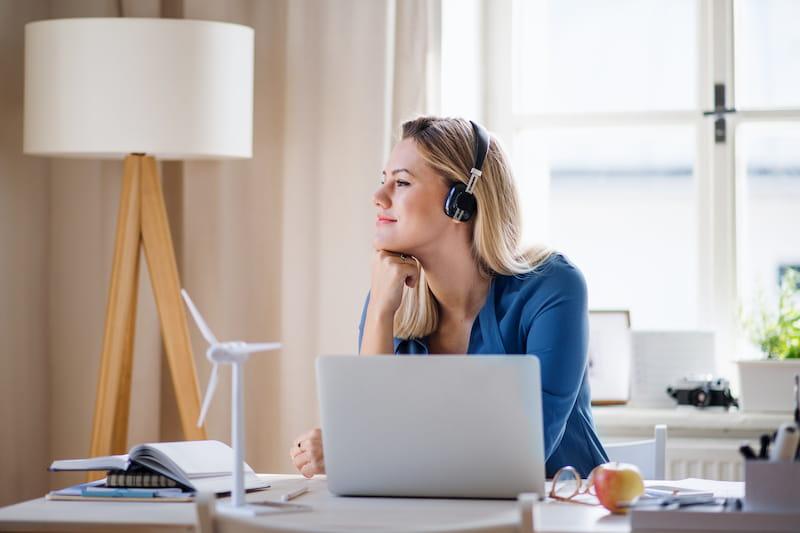 Cómo diseñar tu lugar de trabajo desde casa